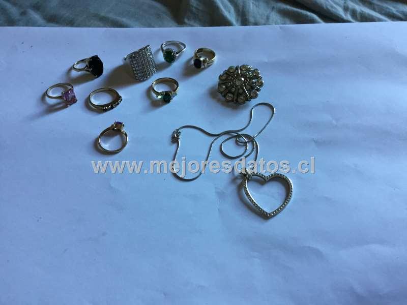 1fe0dd86c897 VENDO anillos plata y oro y una cadena de plata mas información solo por  wasapp  10.000
